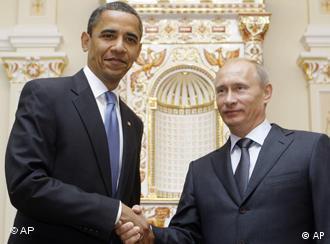 باراک اوباما (چپ) و ولادیمیر پوتین، روسای جمهور آمریکا و روسیه