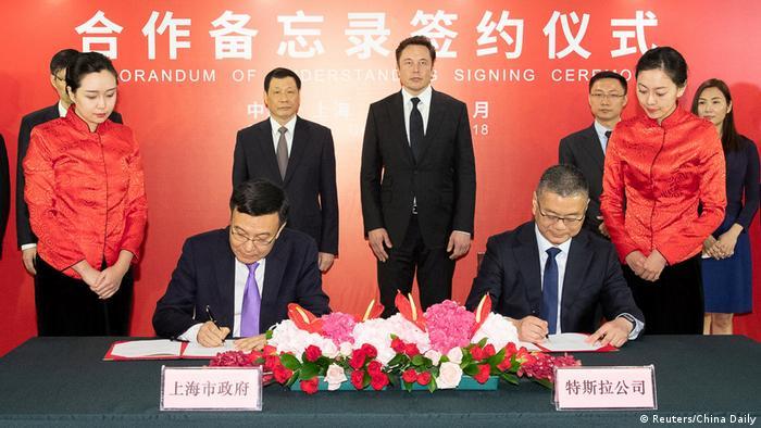 Elektroauto-Hersteller Tesla will Fabrik in China bauen (Reuters/China Daily)
