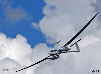 fuel cell glider in flight
