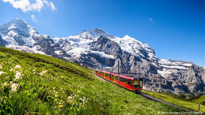 Schweiz - Jungfraubahn im Berneser Oberland (swiss-image.ch/Jeroen Seyffer)