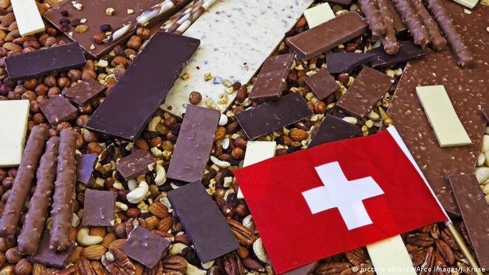 Schweiz - Schweizer Schokolade (picture-alliance/Arco Images/J. Kruse)