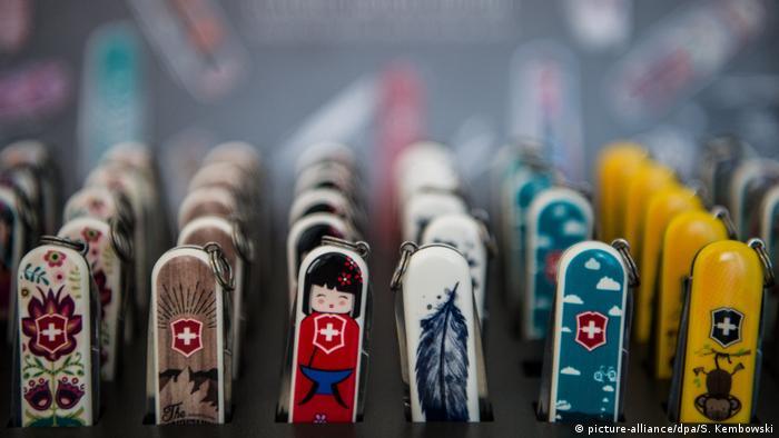Schweizer Taschenmesser - Crowdworking-Plattform Jovoto aus Berlin (picture-alliance/dpa/S. Kembowski)