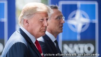 Θα φτάσει στο σημείο να αποχωρήσει από το ΝΑΤΟ ο Ντόναλντ Τραμπ;