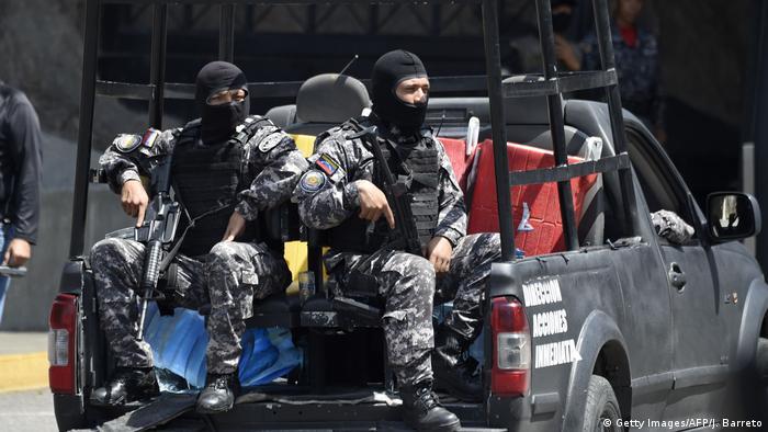 Venezuelan security forces at the SEBIN intelligence service headquarters