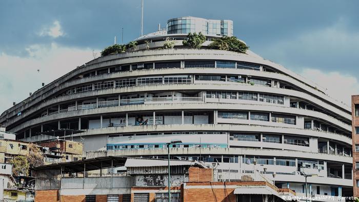 Venezuela Caracas El Helicoide Gefängnis (Getty Images/AFP/J. Barreto)
