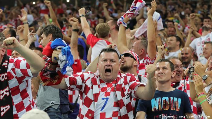 Surpriza CM de Fotbal 2018 - Croaţia e în finală