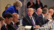 Brüssel NATO-Treffen Theresa May & Donald Trump
