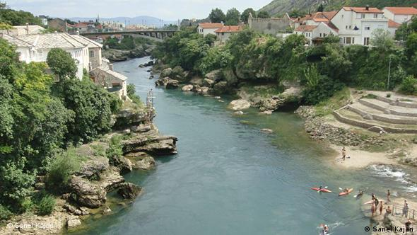 Der Fluß Neretva in Mostar Flash-Galerie