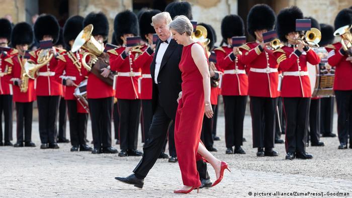 Diputados británicos de todos los partidos criticaron hoy el ataque del presidente de Estados Unidos, Donald Trump, a la primera ministra británica, Theresa May, a quien recriminó su estrategia de brexit. (13.07.2018).