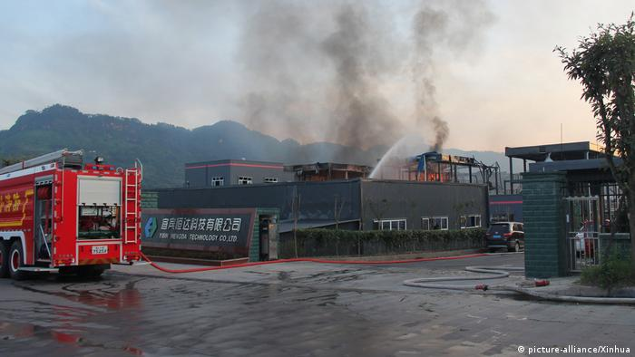 China Explosion in Chemiefabrik