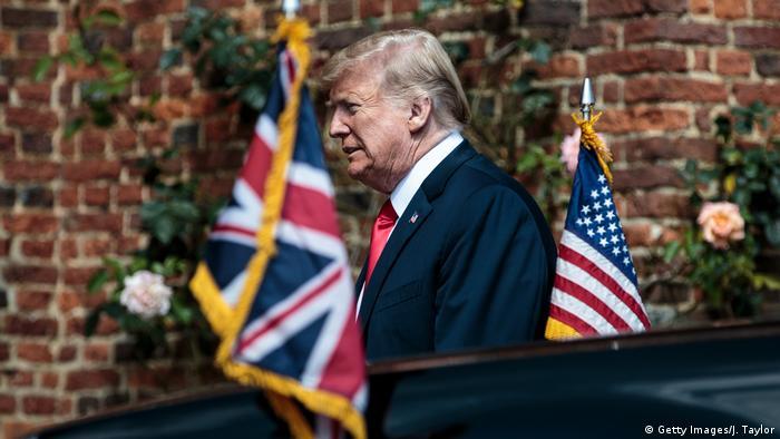 Donald Trump na chegada a Chequers, onde se reuniu com Theresa May
