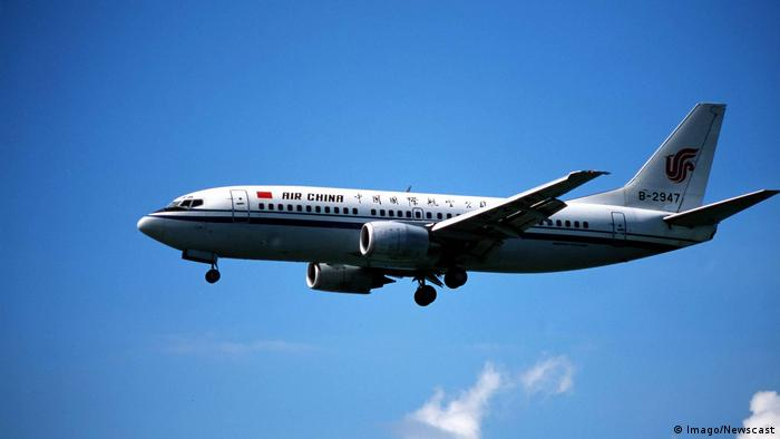 Flugzeug Boeing 737 von Air China (Imago/Newscast)