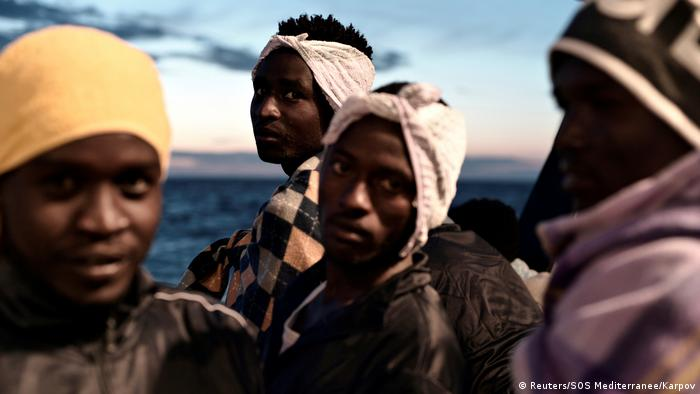 Mittelmeer MV Aquarius gerettete Bootsflüchtlinge (Reuters/SOS Mediterranee/Karpov)