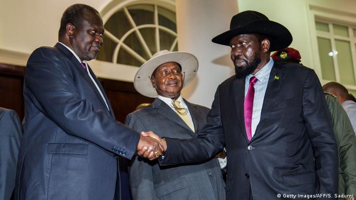 Uganda Südsudan - Friedensgespräch zwischen Präsident Kiir, Oppositionsführer Machar und der ugandische Präsident Museveni