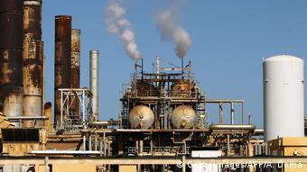 Avant la chute de Khadafi, la Libye produisait environ deux millions de barils par jour.