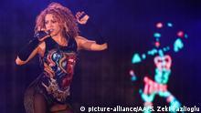 ISTANBUL, TURKEY - JULY 11: Colombian singer Shakira performs at Vodafone Park as part of her 6th world tour 'El Dorado' in Istanbul, Turkey on July 11, 2018. Salih Zeki Fazlioglu / Anadolu Agency   Keine Weitergabe an Wiederverkäufer.