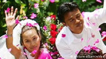 Many people in Asia have adopted Valentine's Day traditions