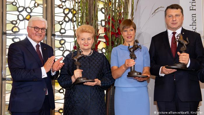German President Frank-Walter Steinmeier and the presidents of Latvia, Lithuania, and Estonia at the award ceremony of the International Peace of Westphalia Prize