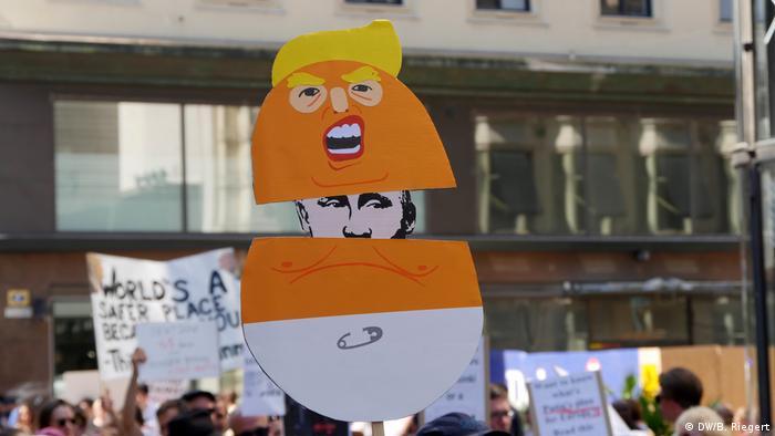 Plakat prosvjednika u Helsinkiju