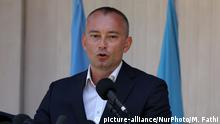 United Nations Special Coordinator for the Middle East Peace Process Nickolay Mladenov, attends a press conference at the (UNSCO) offices in Gaza City, on July 15, 2018 (Photo by Majdi Fathi/NurPhoto) | Keine Weitergabe an Wiederverkäufer.