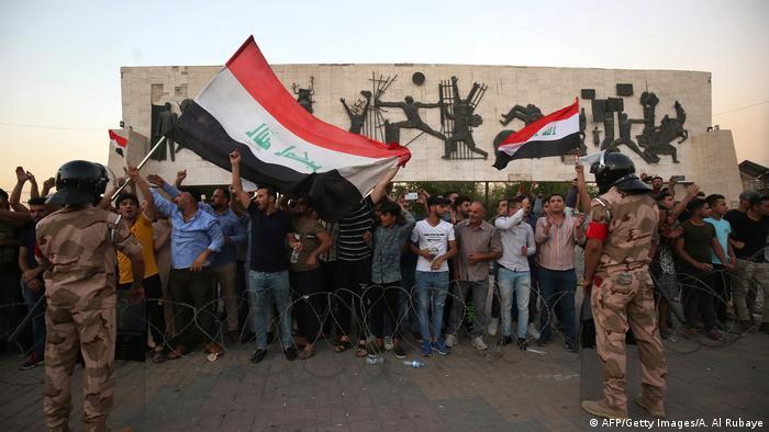 Proteste gegen Arbeitslosigkeit und schlechte Lebensbedingungen im Irak (AFP/Getty Images/A. Al Rubaye)