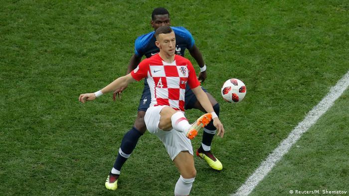 Hrvati su dobro počeli, drugačije nego protiv Engleske. Diktirali su tempo. I u statistkama ostali bolji do kraja utakmice - duže su imali loptu, imali više dodavanja, više udaraca na gol, više su otrčali. Samo jedna stavka nije štimala: rezultat.