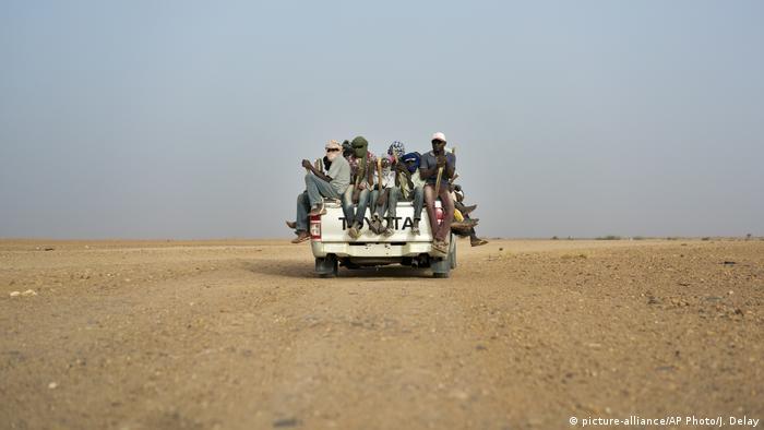 Algerien, Niger & Libyen   Thema Flüchtlinge in der Sahara