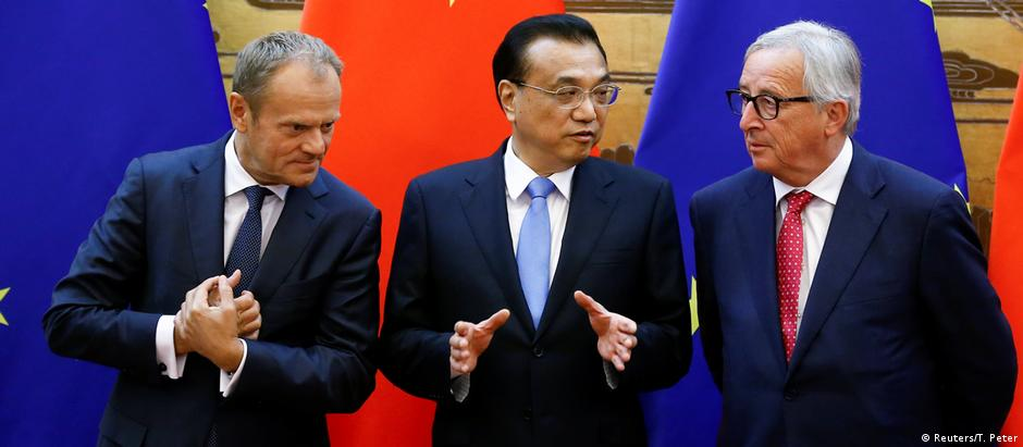 Peking EU China Treffen Tusk Li Keqiang Juncker (Reuters/T. Peter)