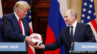 «Το μόνο κυριολεκτικά χειροπιαστό που πήρε ο Τραμπ είναι η μπάλα του Μουντιάλ»