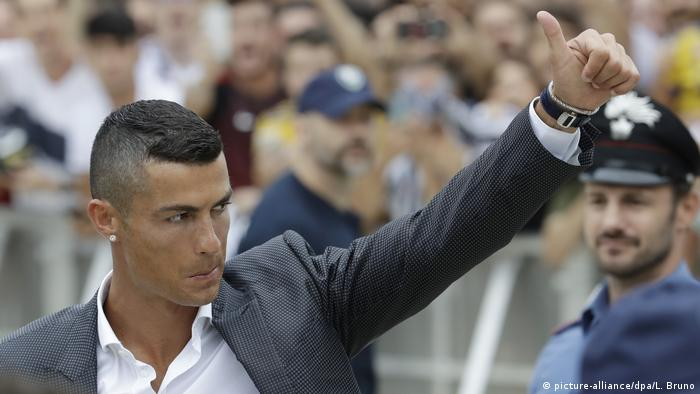 Cristiano Ronaldo (picture-alliance/dpa/L. Bruno)