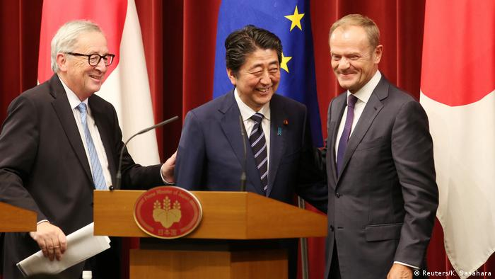 Donald Tusk, Shinzo Abe and Jean-Claude Juncker