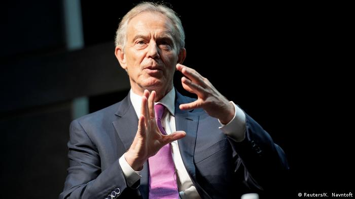 Tony Blair at the Copenhagen Democracy Summit (Reuters/K. Navntoft)