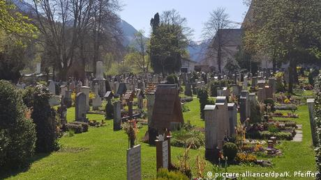 Alter Friedhof Berchtesgaden (picture-alliance/dpa/K. Pfeiffer)