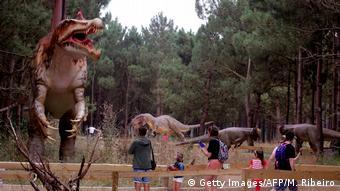 Πάρκο δεινοσαύρων στην Λουρίνα, 70 χλμ. βόρεια της Λισαβόνας