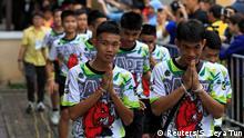 Thailand Ankunft zur PK des geretteten Fußtball-Teams