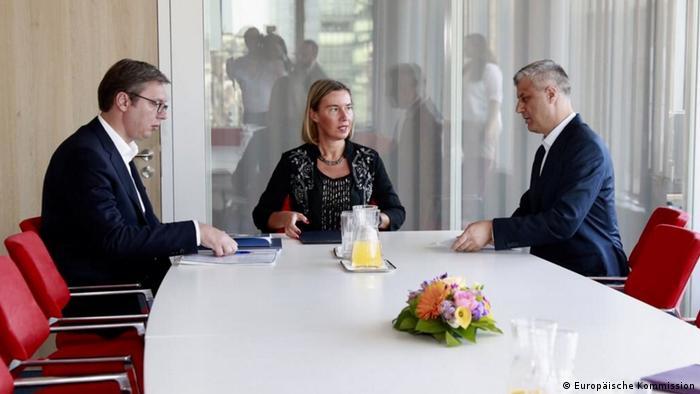 Hashim Thaci, Federica Mogherini & Aleksandar Vucic (Europäische Kommission)