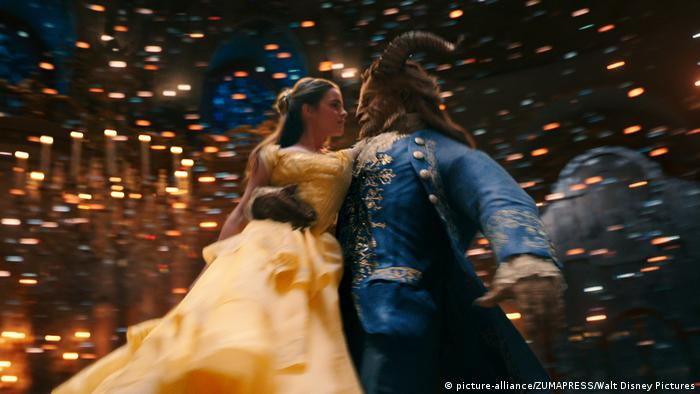 Emma Watson in Beauty and the Beast (picture-alliance/ZUMAPRESS/Walt Disney Pictures)