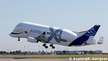 Frankreich Airbus in Toulouse   1. Flug Airbus Beluga XL