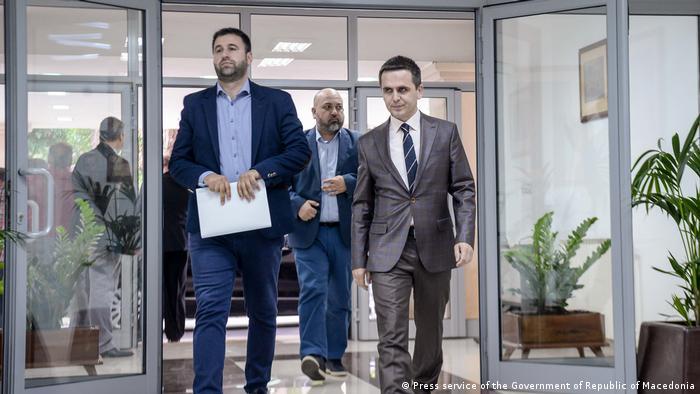 Präsident der Besa Partei, Billal Kasami (rechts)