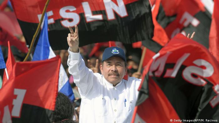 Nicaragua - Versammlung der Sandinista mit Präsident Ortega (Getty Images/AFP/M. Recinos)