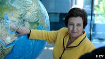 شیرین عبادی، حقوقدان و رییس کانون مدافعان حقوق بشر