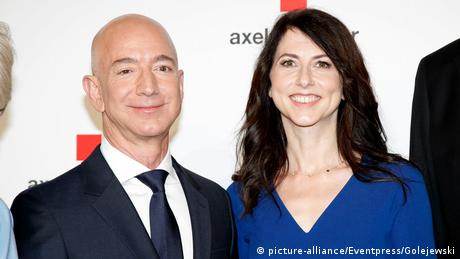 An Evening for Jeff Bezos - Axel Springer Award 2018 in Berlin (picture-alliance/Eventpress/Golejewski)
