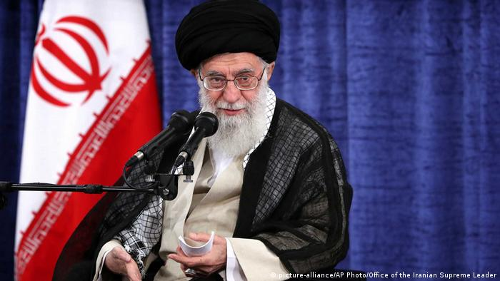 Iran Ayatollah Ali Khamenei (picture-alliance/AP Photo/Office of the Iranian Supreme Leader)