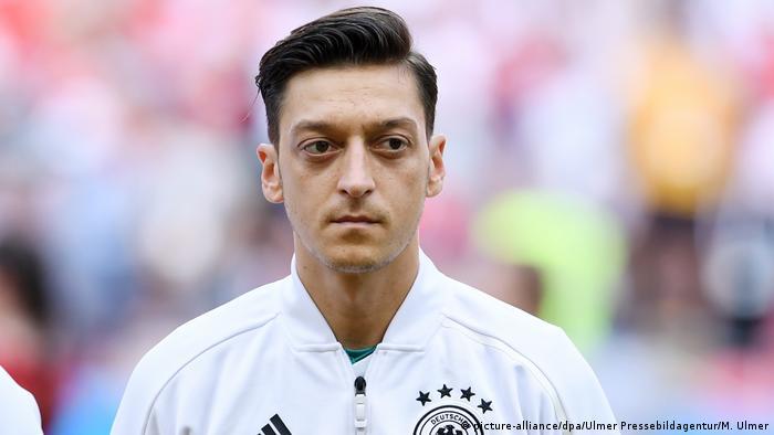 FIFA Fußball-WM 2018 in Russland | Mesut Özil, Deutschland (picture-alliance/dpa/Ulmer Pressebildagentur/M. Ulmer)