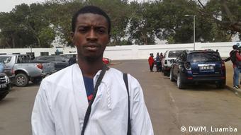 Angola Luanda Aktivist Arante Kivuvu während Protest gegen Arbeitslosigkeit