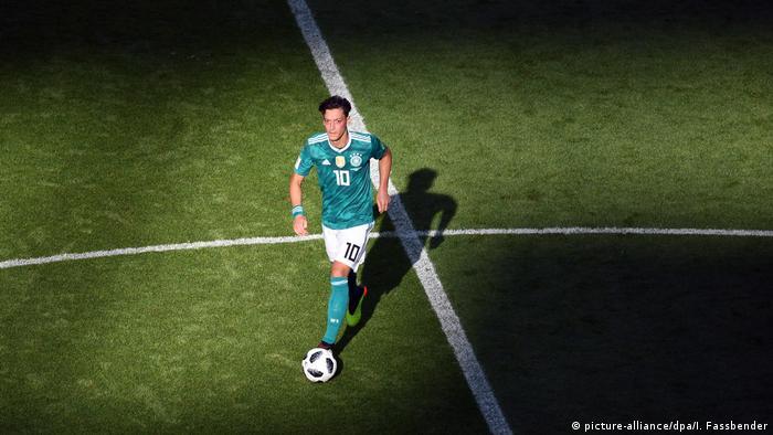 Özil tartışmasının arkasında EURO 2024 rekabeti mi var?