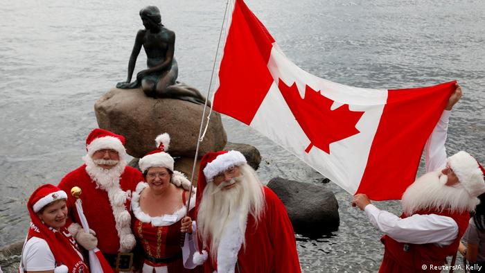 Dänemark Weihnachtsmann-Kongress in Kopenhagen (Reuters/A. Kelly)