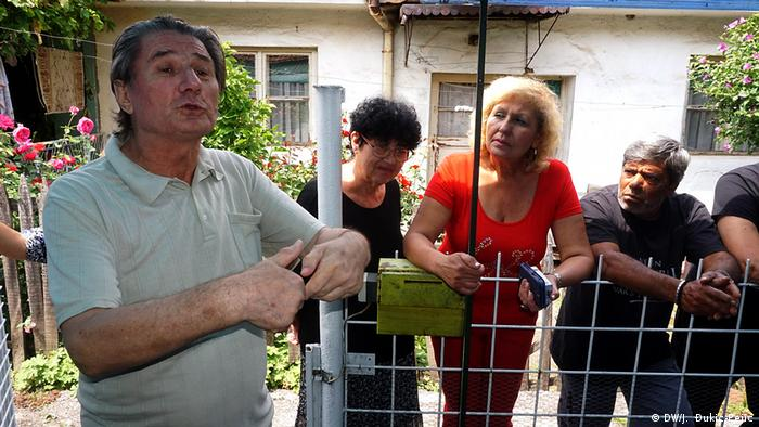Susjedi se pitaju ko će biti sljedeći za isključenje