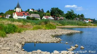 Sommerwetter in Deutschland (picture-alliance/dpa/P. Pleul)