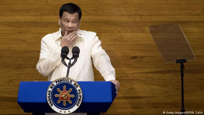 Philippinen, Manila: Präsident Rodrigo Duterte hält eine Ansprache